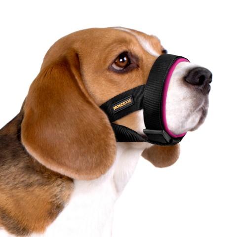 Намордник для собак Bronzedog универсальный неопреновый розовый